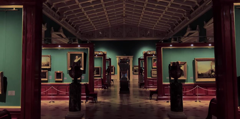 Эрмитаж совместно с Apple сняли пятичасовой фильм о музее одним кадром