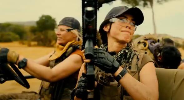 На YouTube появился трейлер боевика «Изгои» с Меган Фокс