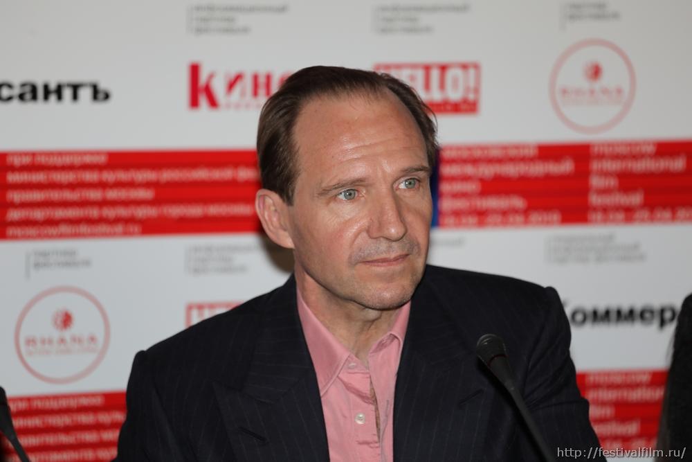 Рэйф Файнс получил награду «Верю. Константин Станиславский»