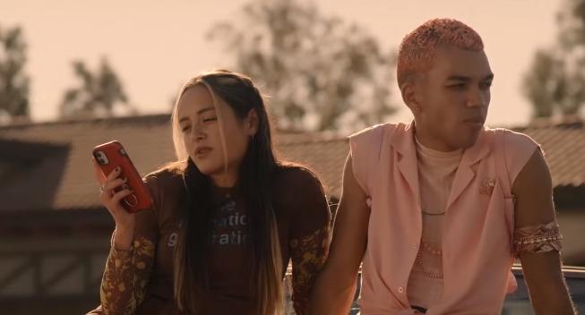 В Сети появился трейлер сериала о жизни подростков «Поколение»